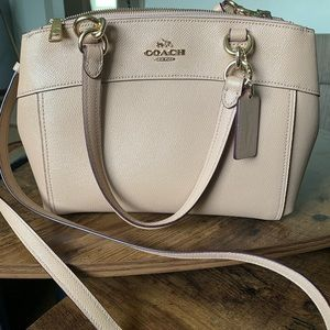 Gorgeous Coach purse with matching wallet